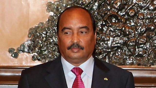 Le président mauritanien Mohamed Ould <b>Abdel Aziz</b>, « légèrement » blessé par <b>...</b> - mohamed-ould-abdel-aziz