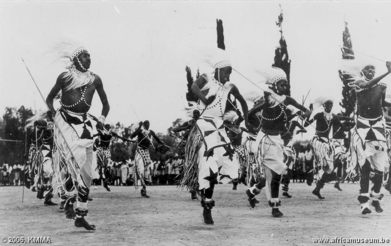 La musique rwandaise miroir de tout un peuple info afrique for Miroir de la musique