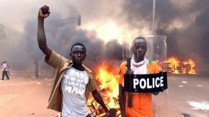 manifestants Burkinabés