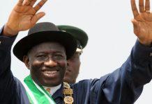 Goodluck Jonathan vise un nouveau mandat au Nigeria pour 2015