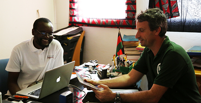 Rencontre avec Patrick Bwanali directeur du Andiamo Education Institutes de Balaka au malawi