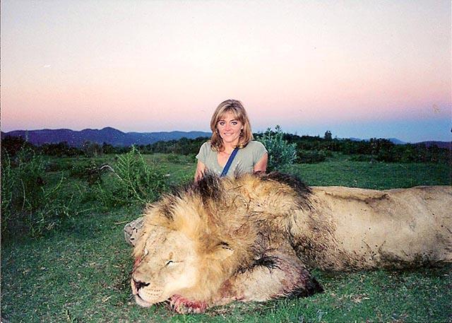rebecca-francis-Lion-hunt