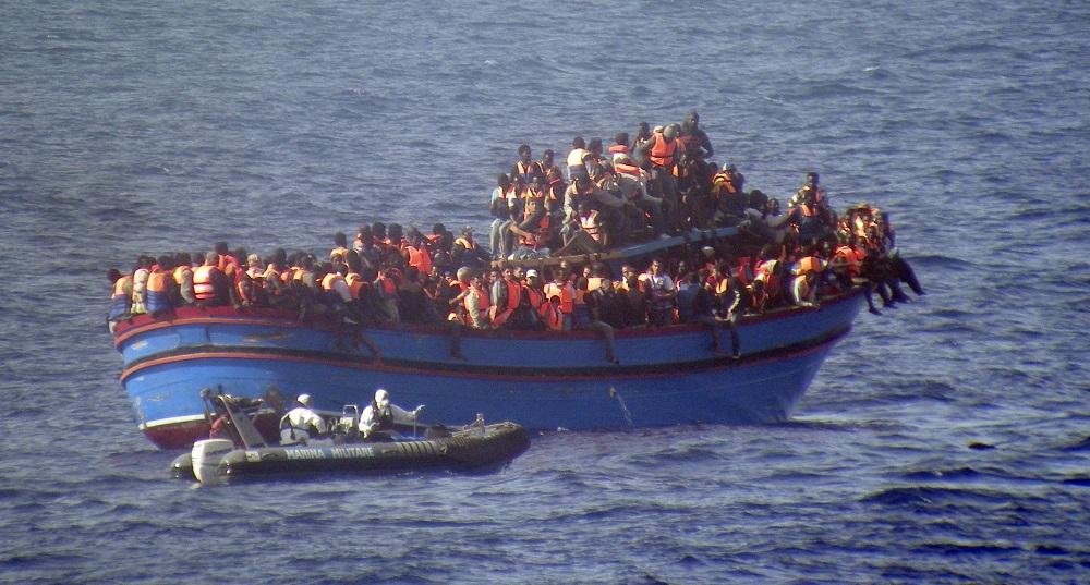 3 000 migrants sur les côtes Italiennes