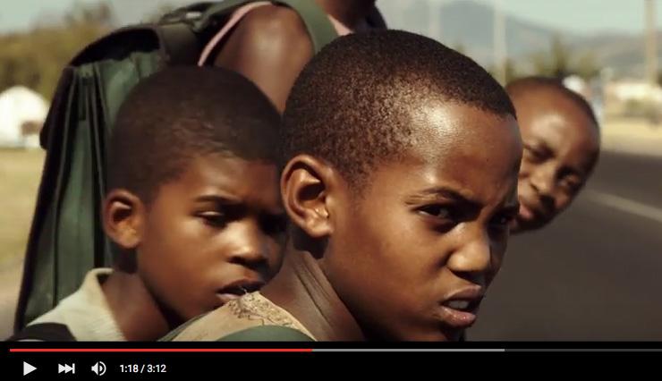 enfants africains morts route ecole