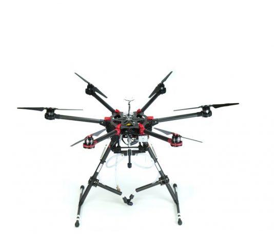 """Le """"Drone Spray"""" de la société DroneVolt peut peindre dans des zones complexes"""