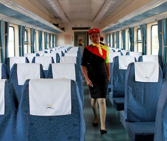 Le nouveau train, Madaraka Express, fierté du Kenya
