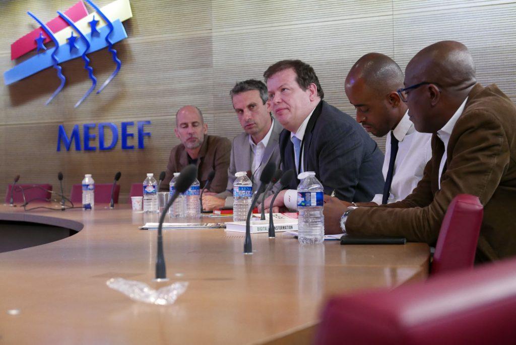 Rich Tanksley de Pulse, Thierry Barbaut de Stratégie Afrique, Jean-Michel Huet de Bearing Point et Ammin Youssouf d'Afrobytes