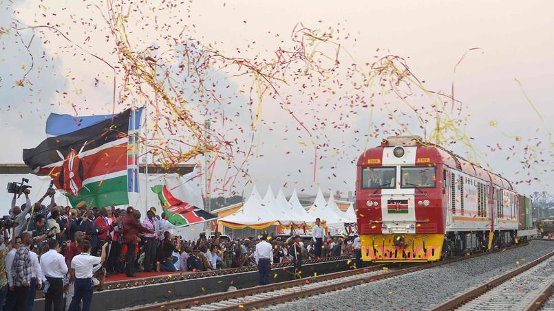 Le Madaraka Express entre en gare de Nairobi