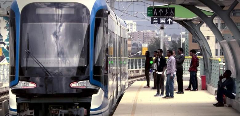 Le métro de la capital d'Ethiopie Addis Abeba impressionne par son modernisme