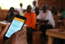 Les applications de m-energie, m-santé, m-agriculture ou m-education révolutionnent les usages en Afrique - Photo Thierry BARBAUT Côte d'Ivoire 2017 -
