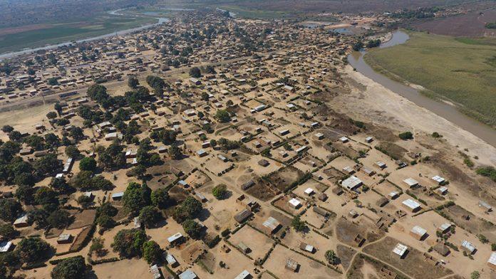 Vue aérienne en RDC près de Likasi - Crédit photo Thierry Barbaut www.barbaut.net