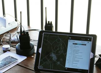 Le contact est établi entre l'aérodrone de Muhanga Zipline et l'aéroport de Kigali pour l'envoi du drone et les autorisations de vol.