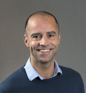 Sandy Campart Directeur de l'IUP Banque Finance Assurance – IAE Caen. Co-auteur de « Risques de taux d'intérêt et de change » publié en 2016 aux éditions Afnor.