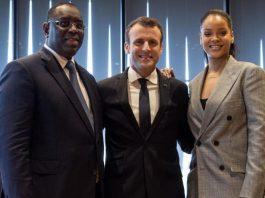 Le président du Sénégal Macky Sall, le président de la France Emmanuel Macron et Rihanna